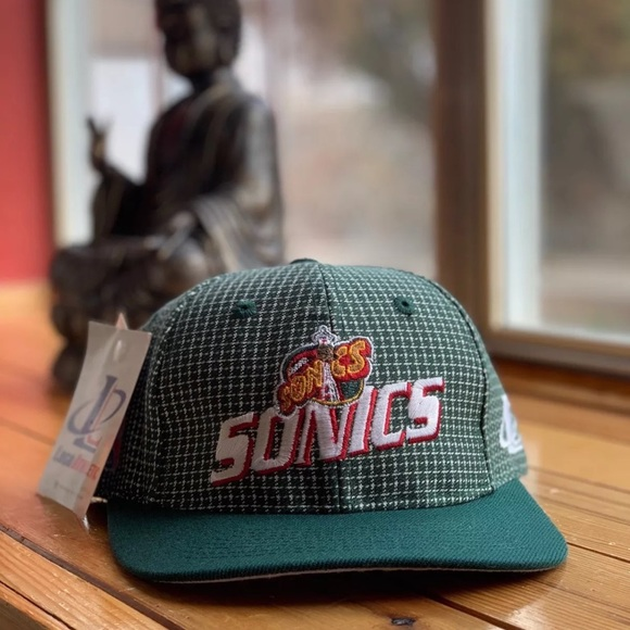be8fe57104d116 LOGO 7 Accessories | Vintage 90s Seattle Supersonics Logo Athletic ...